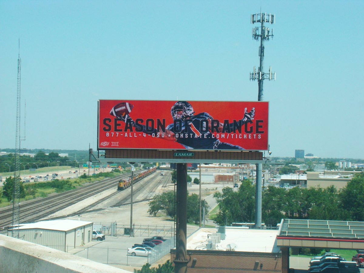 Oh man, this @OSUAthletics creative is getting us excited for college football. #ooh https://t.co/HjJwg5rcrJ