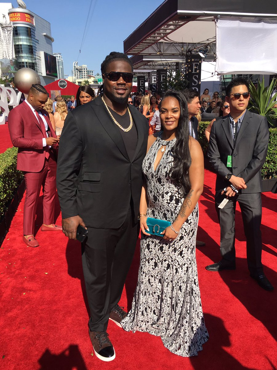 "Damon Harrison on Twitter ""The wife and I on the red carpet"