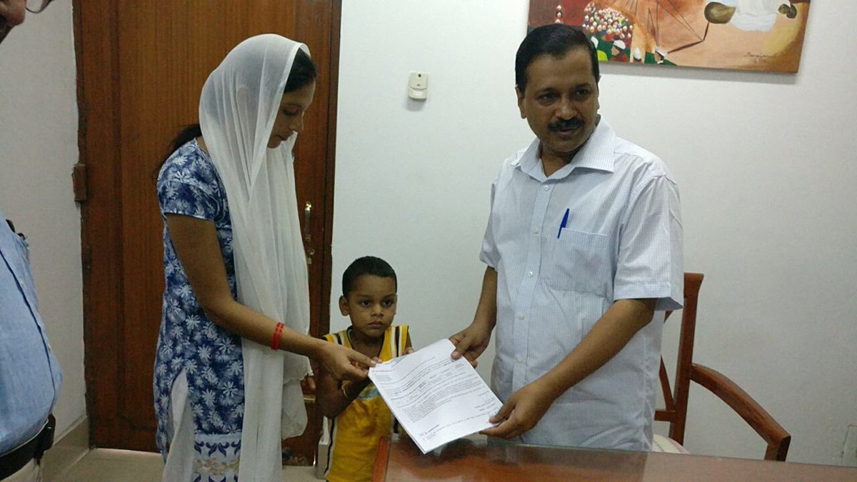 CM @ArvindKejriwal provides financial assistance of ₹4,98,000/- to two kids-Lalit and Zakia through Delhi Arogya Kosh for Cochlear Implant.