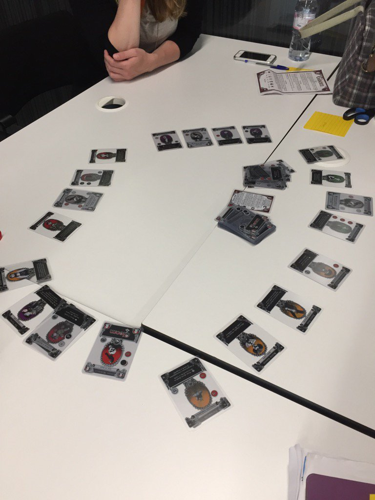This is a lovely collaborative way to play @atlasgames Gloom. Turn the cards to face the OTHER players. #playlearn17 https://t.co/D2Ppq09260