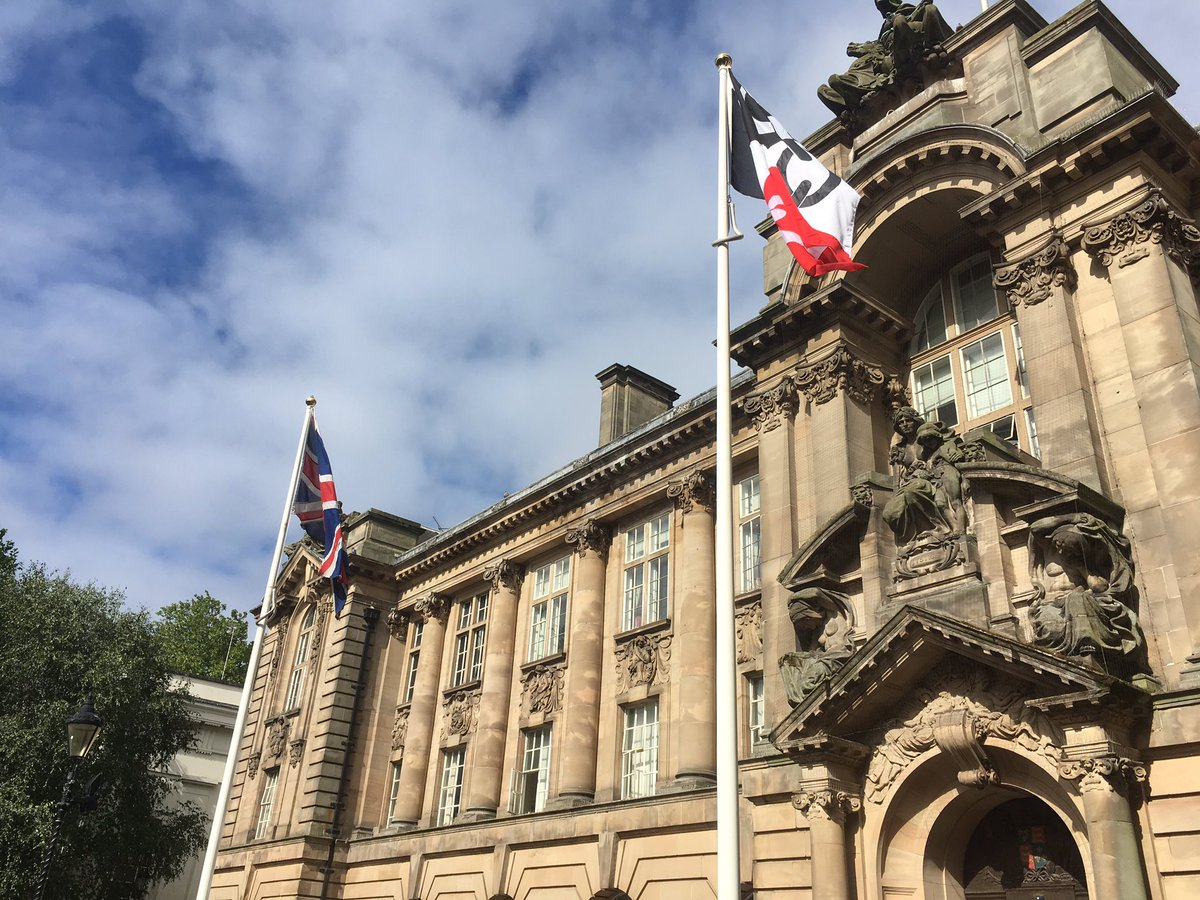 Proud to be flying the flag for #BlackCountryDay today! https://t.co/722KbpYUwk