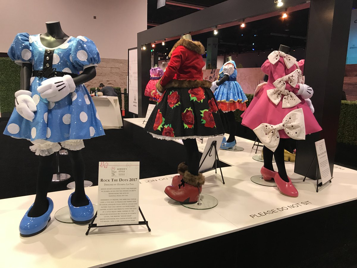 Minnie Style: The fashion of Minnie Mouse. #DISD23 #D23Expo https://t.co/njxTl0NCJp