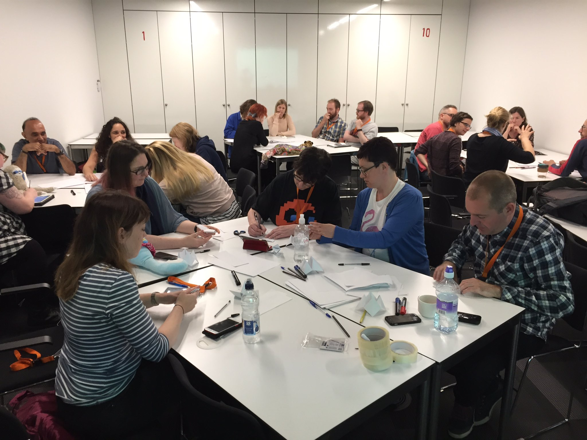 Meta moment when #playlearn17 delegates are designing their own evaluation methods https://t.co/UNvk2KkpAw