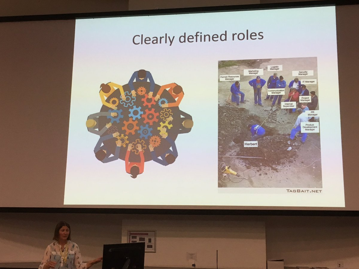 Clare Stringer on the importance of clearly defining roles in partnerships when planning eradication of Invasives #islandinvasives <br>http://pic.twitter.com/RSyHDzvSrF