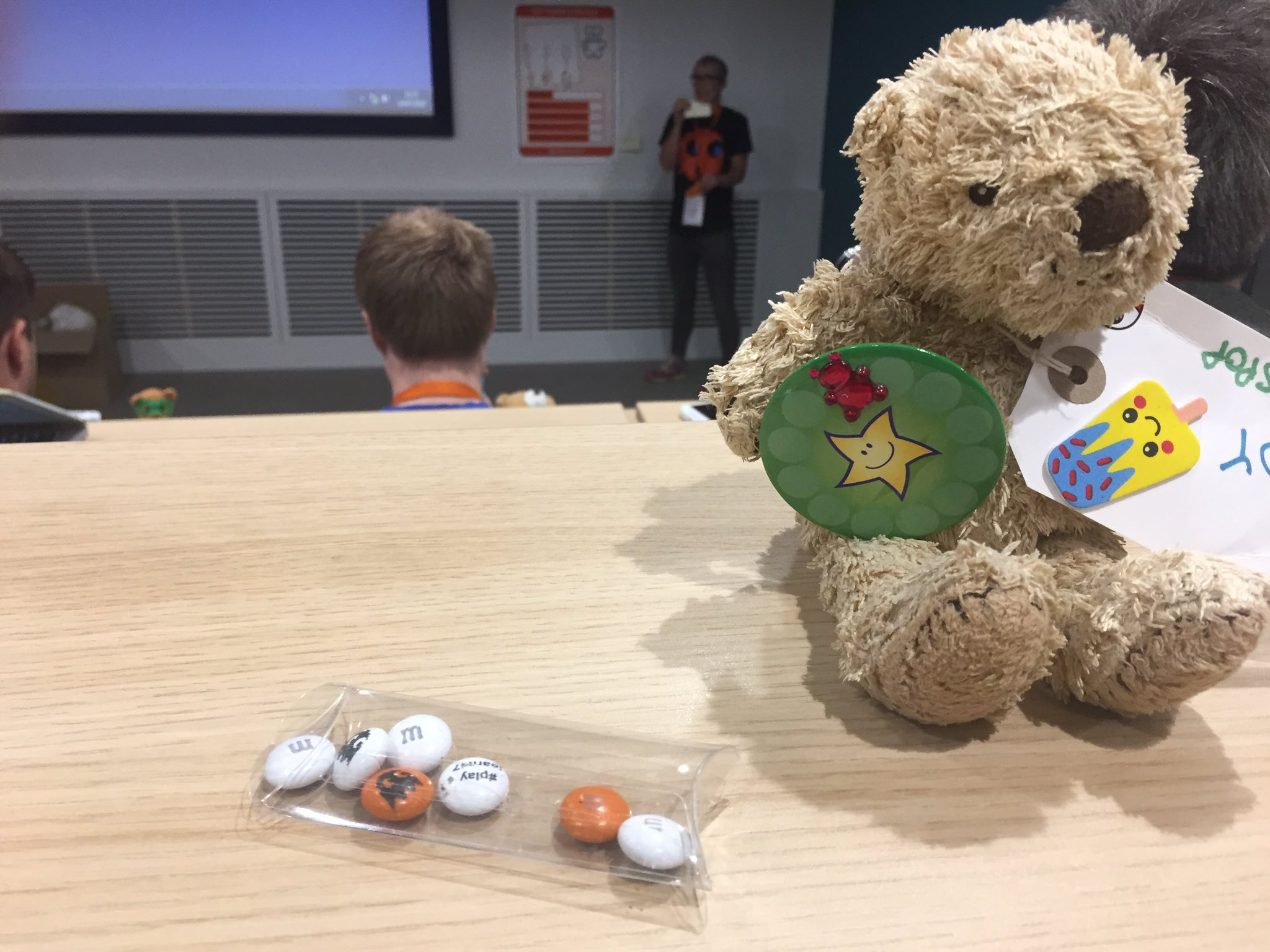 Well done to all the toys, stars of #PlayLearn17 @playlearnconf  ✨🦄🐦🐥🐻🐷🦅🦈🌟 https://t.co/pAl8rkBYCT