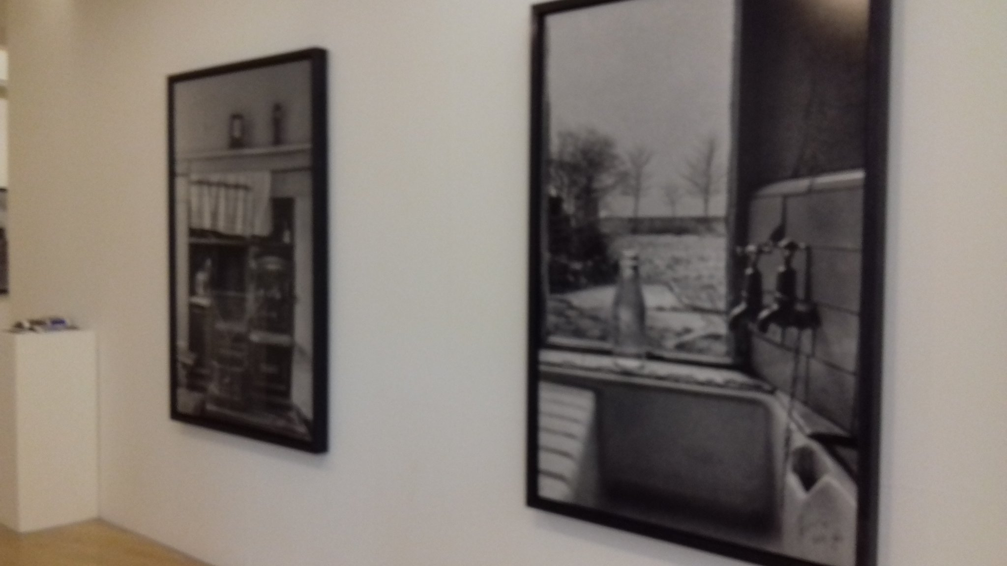 Amazing. Pictures of another era... but in my lifetime. Lowry Museum Salford #CliveArrowsmith photos. https://t.co/KU5iEf6Wf1