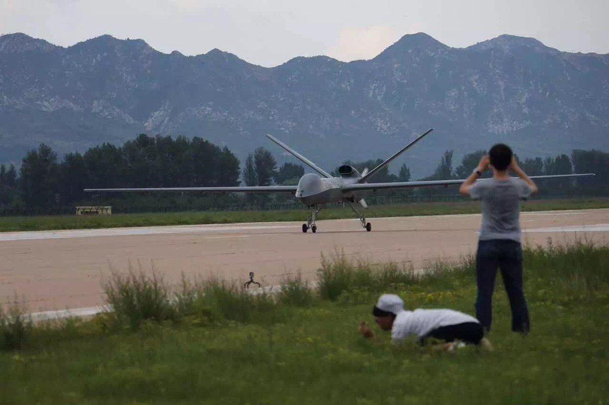 [Aviation] Drones & Drones de Combat Chinois - Page 12 DEsqxR9VYAA4_TG