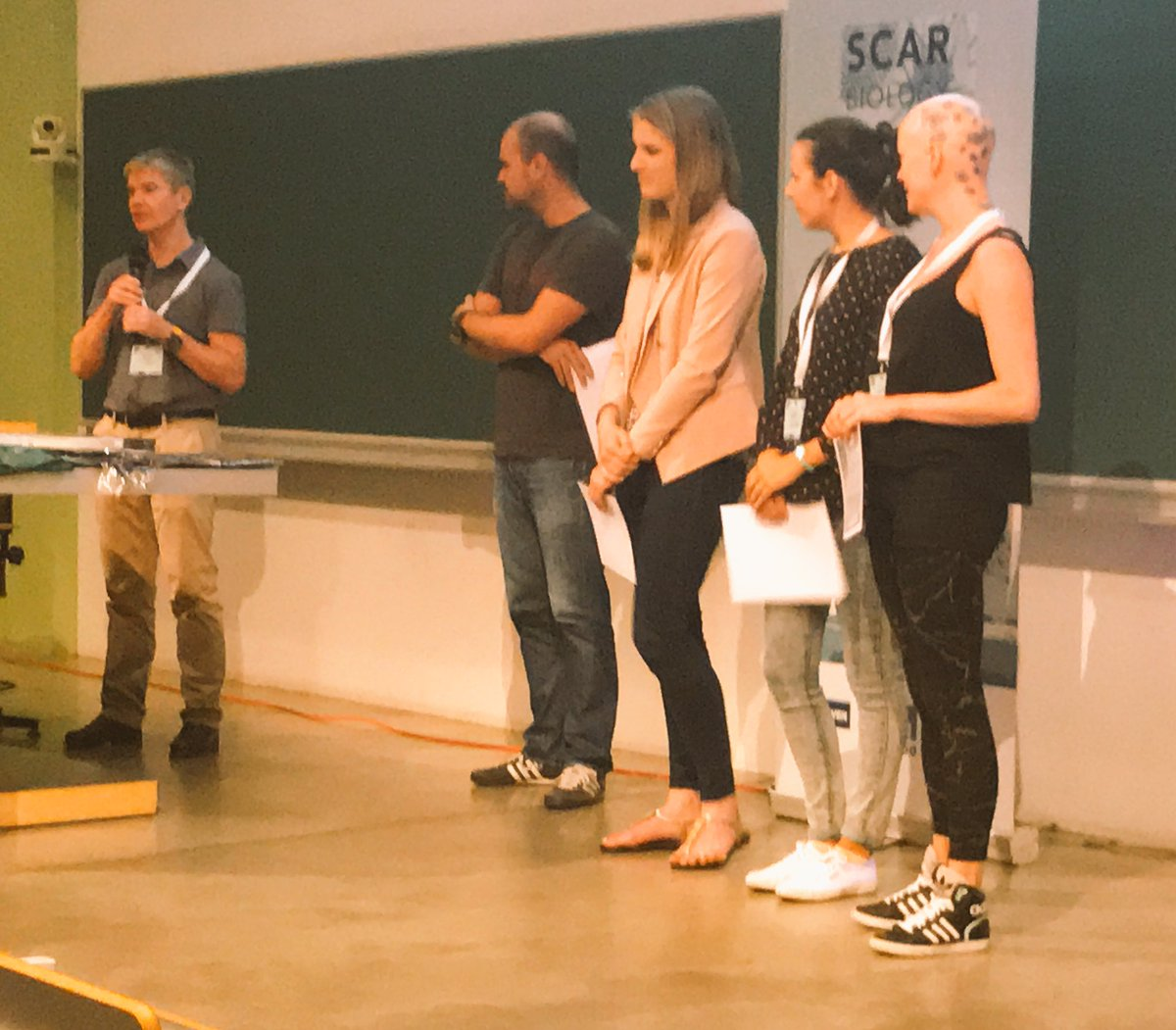 SCAR president @StevenChown1 presents prizes to ECR speakers &amp; poster presenters. The new #Antarctic biologists #SCARbio17 <br>http://pic.twitter.com/6CY8AEO7IV