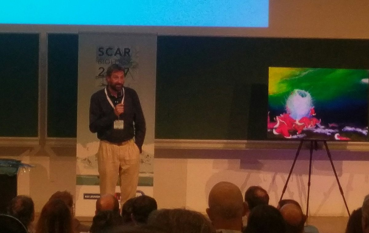 &quot;Early Careers are the engineers of the future&quot; say Yan &amp; @StevenChown1 - great closing to a great conference #SCARbio17 <br>http://pic.twitter.com/xjzbvdPjlZ