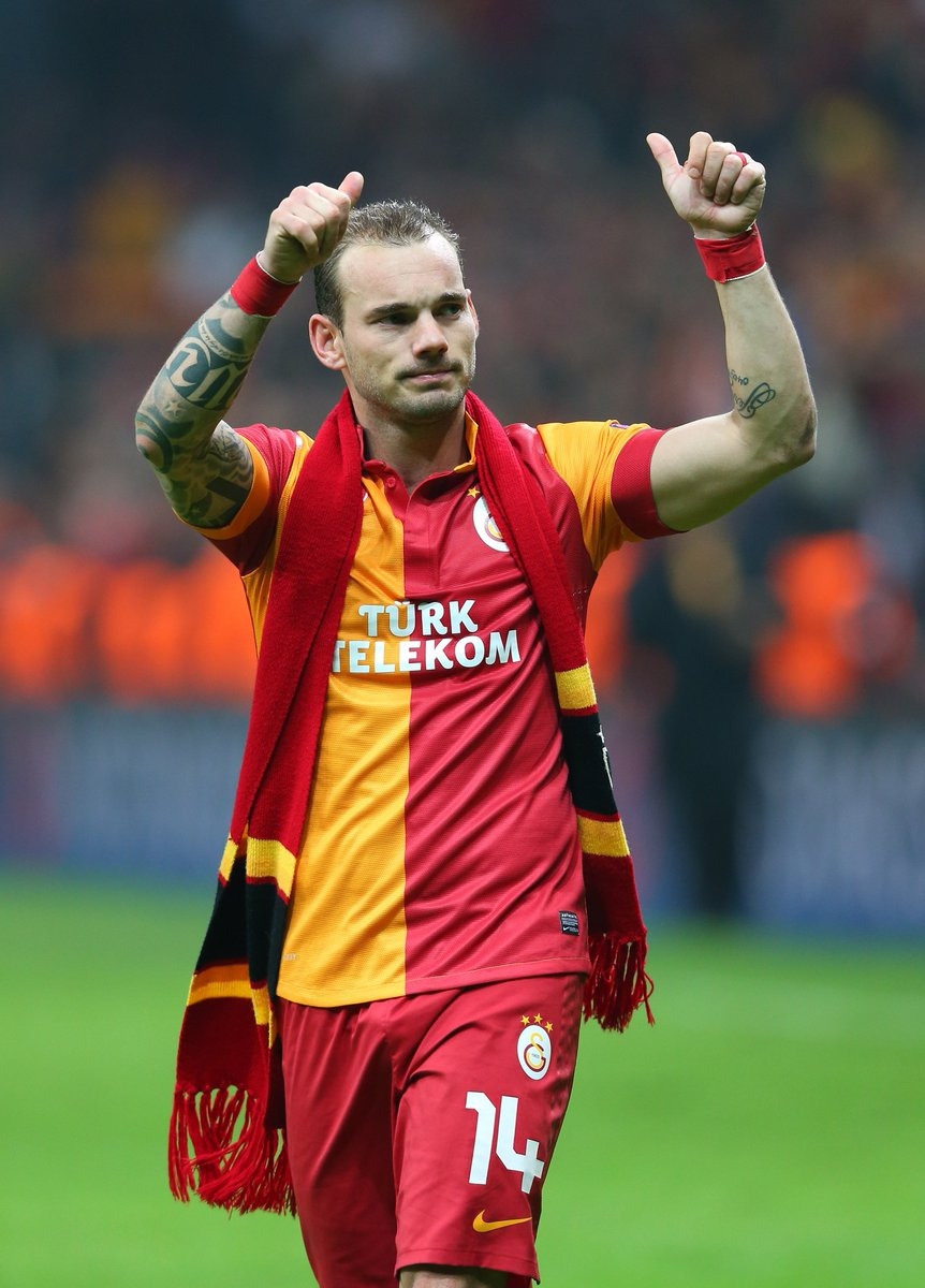 Wesley Sneijder leaves Galatasaray after four and a half years:  🏆🏆 Turkish titles 🏆🏆🏆 Turkish Cups ⚽️ 123 league games, 35 goals  #UEL