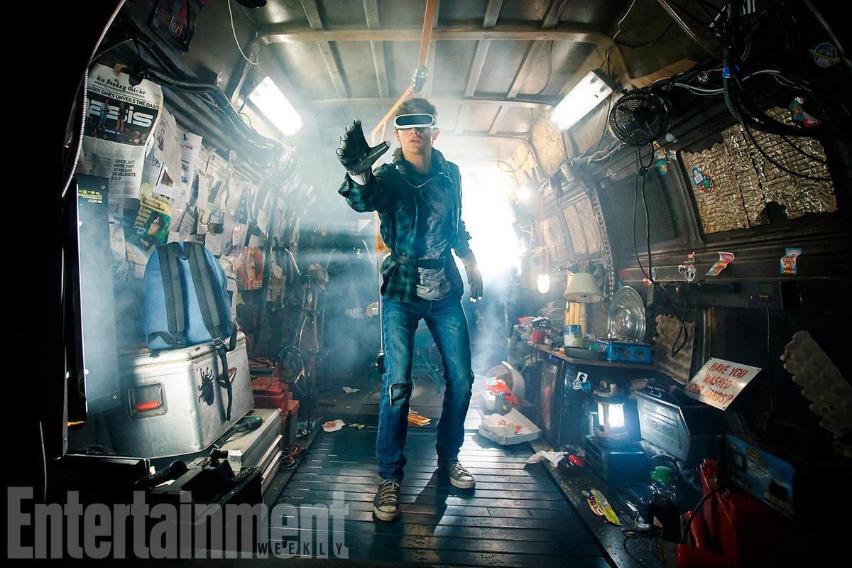 See an exclusive first look at Steven Spielberg's #ReadyPlayerOne: https://t.co/aXaoAXGOE3