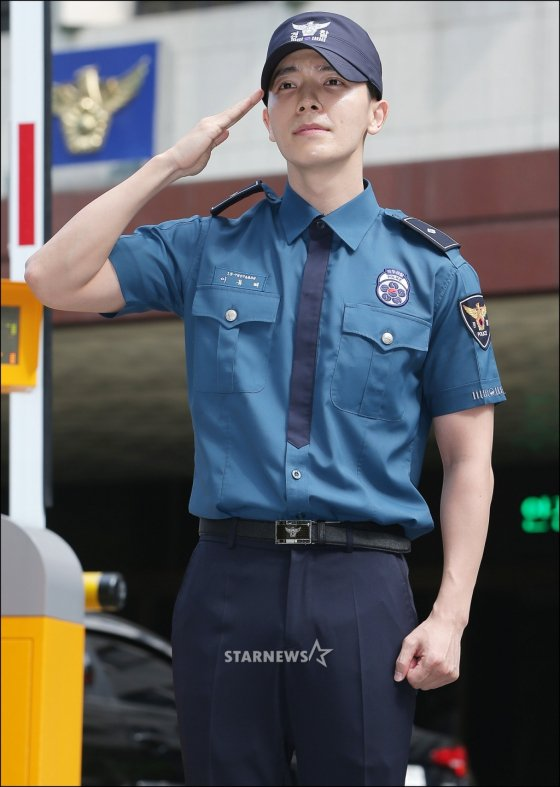 Donghae ya, God created u with all perfection  #WelcomBackDonghae <br>http://pic.twitter.com/ysgdhYrtrI