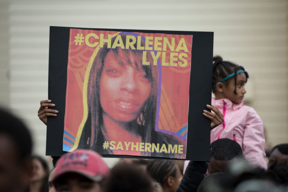 Recently, in spite of training officers killed #CharleenaLyles  https://www. bustle.com/p/the-cops-who -shot-charleena-lyles-had-been-trained-to-handle-that-exact-situation-65741 &nbsp; …  #DisabilityJustice #BlackLivesMatter <br>http://pic.twitter.com/ij8ONhZsMj