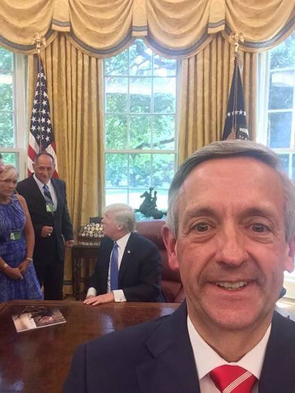 @firstdallas #FirstBaptistDallas #pastor @robertjeffress #RobertJeffress seems to have an #unhealthy #obsession with #politics and @POTUS<br>http://pic.twitter.com/OCAVlnFL0s