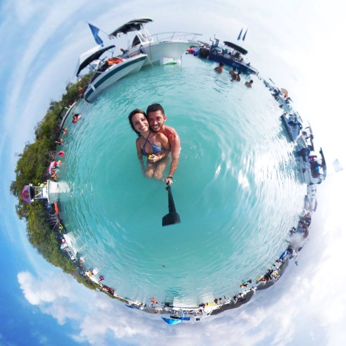 Like a kid on the sand, I wanna hold your hand. You define my entire world -Kungs #paradise #javicel #tinyplanetcouple #travel #puertorico<br>http://pic.twitter.com/iTxkiHlTPG