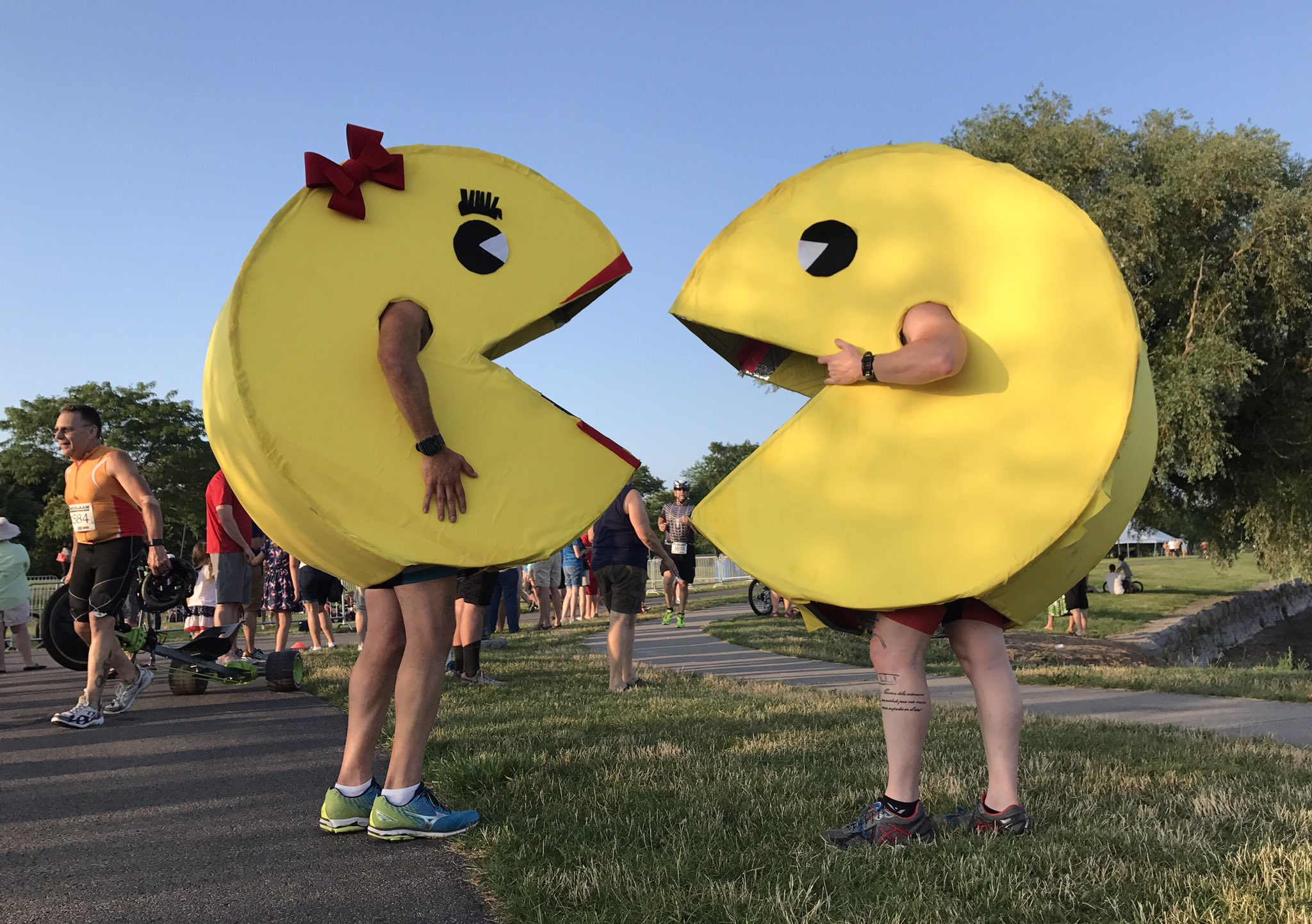 Mrs. & Mr. Pac-Man sighting at one of my favorite multisport events! #Musselman2017 https://t.co/mruZxAUUl0