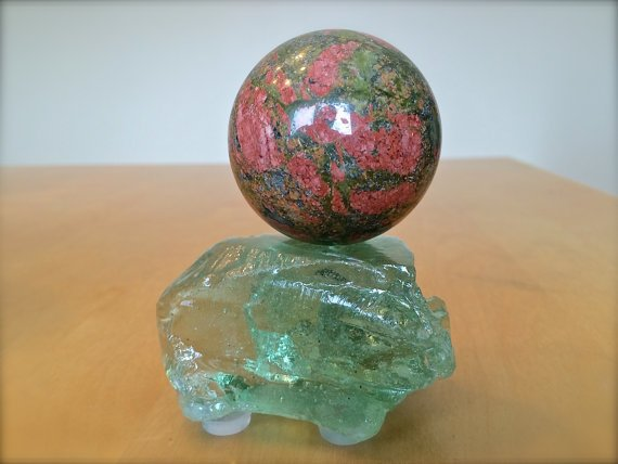 Unakite on coke bottle glass