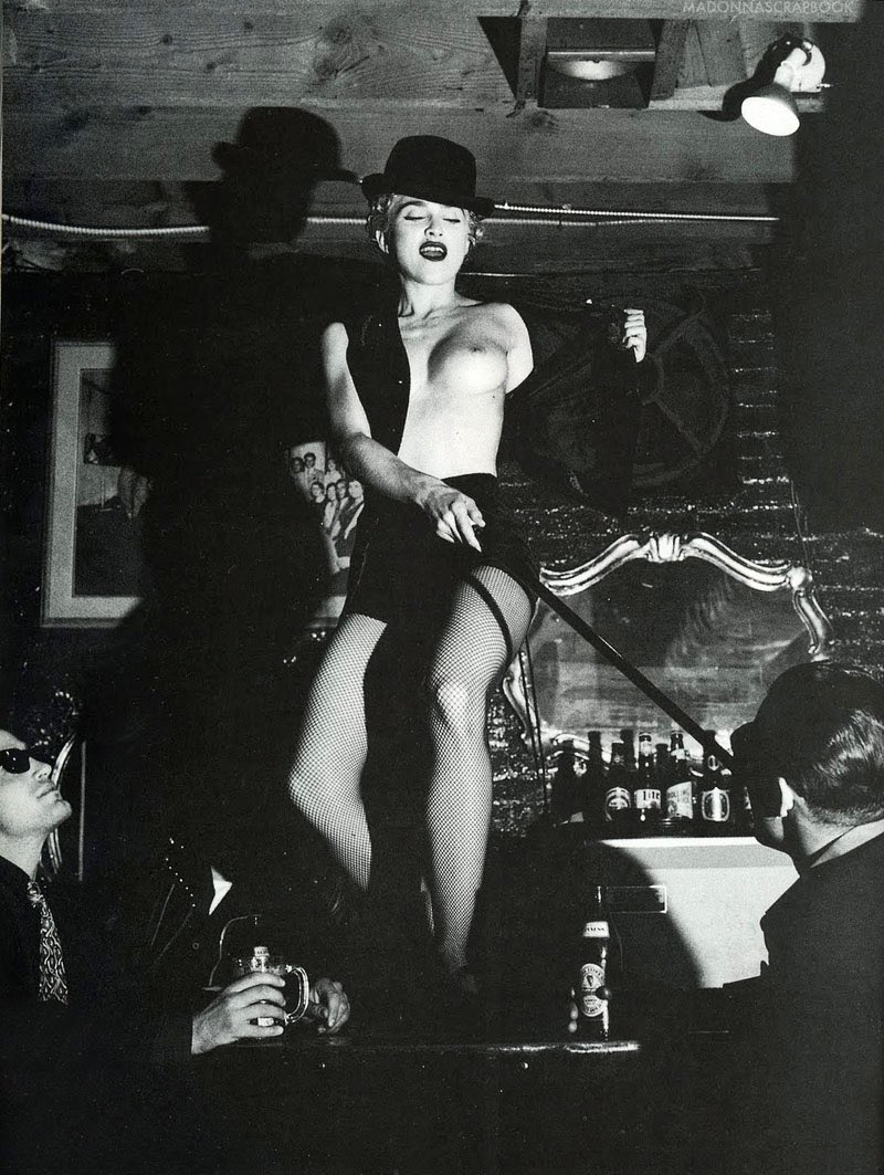 #Madonna by #HelmutNewton in 1990 at SmallsKO bar on Melrose Ave. #BlondAmbition  <br>http://pic.twitter.com/971LAL8UOy