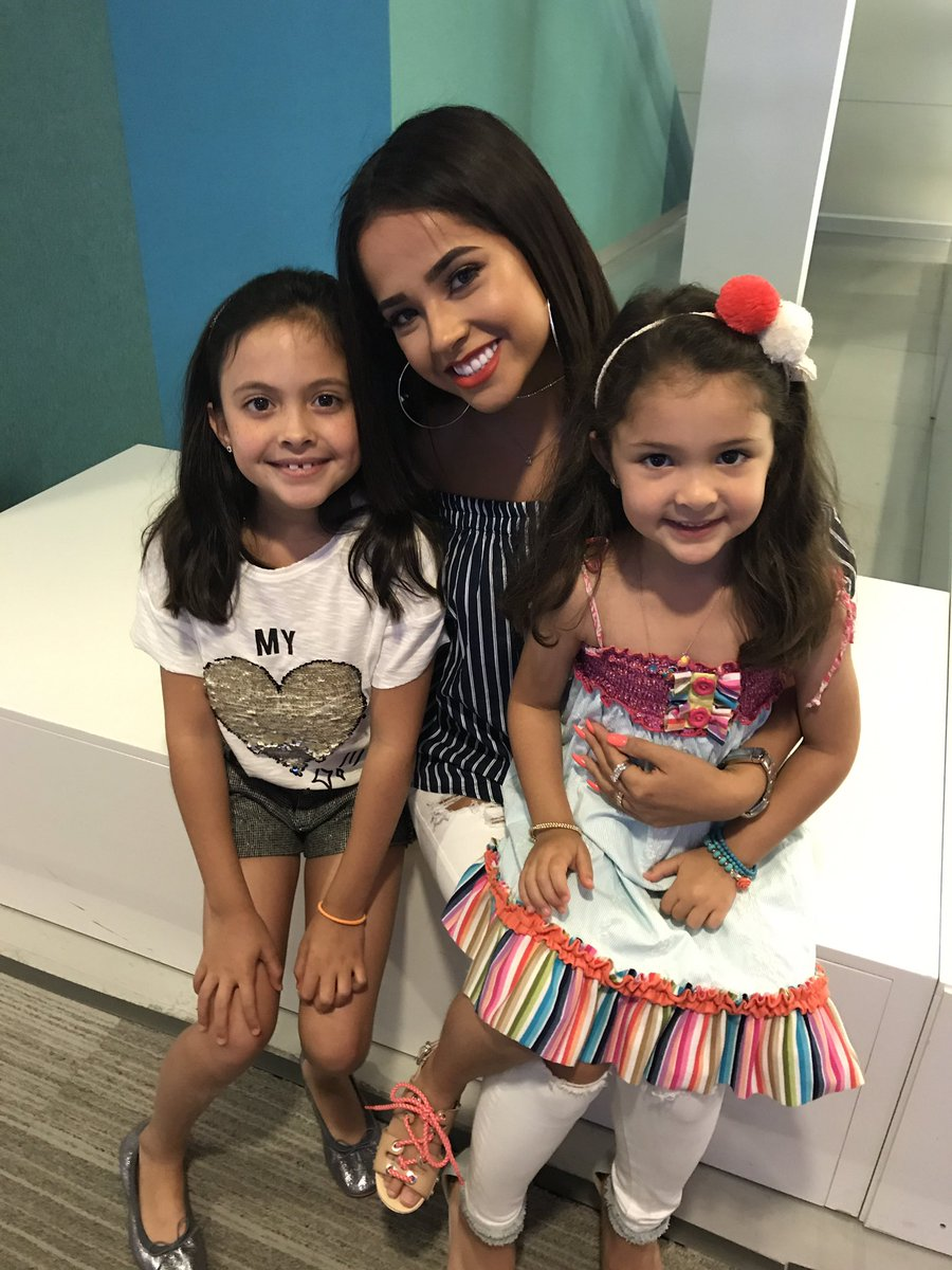 Thank you @iambeckyg for making their day.  They ❤️ you even more now. https://t.co/KhcIXwKmI5