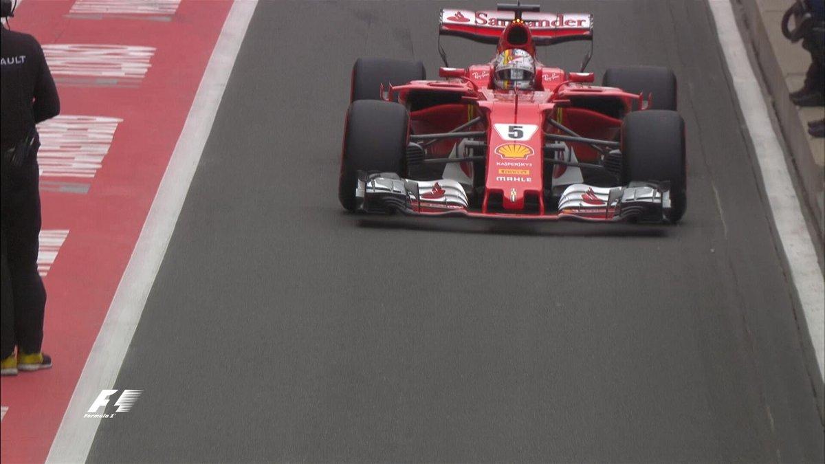 Vettel supera a ...
