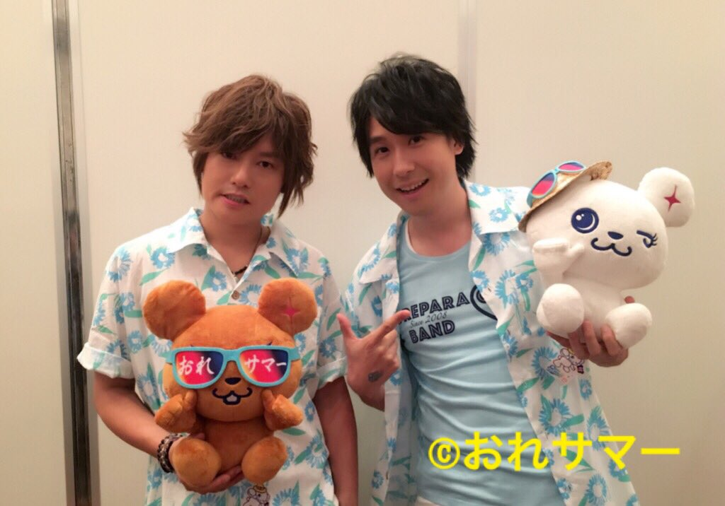 開演予定まであと30分を切りました!おれサマーアロハシャツを着た森久保さん、鈴村さんのお二人をパチリ☆