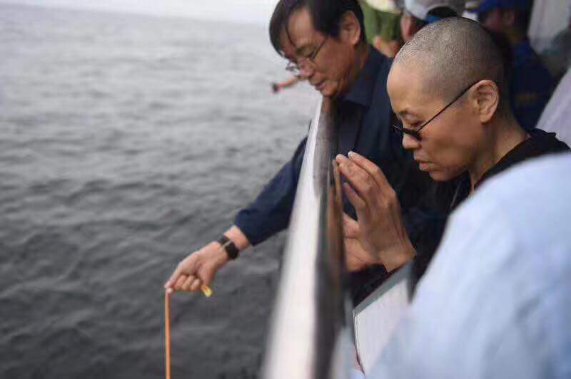 從今往後,看到海就想到劉曉波!!! https://t.co/dNeKbzf8Yr