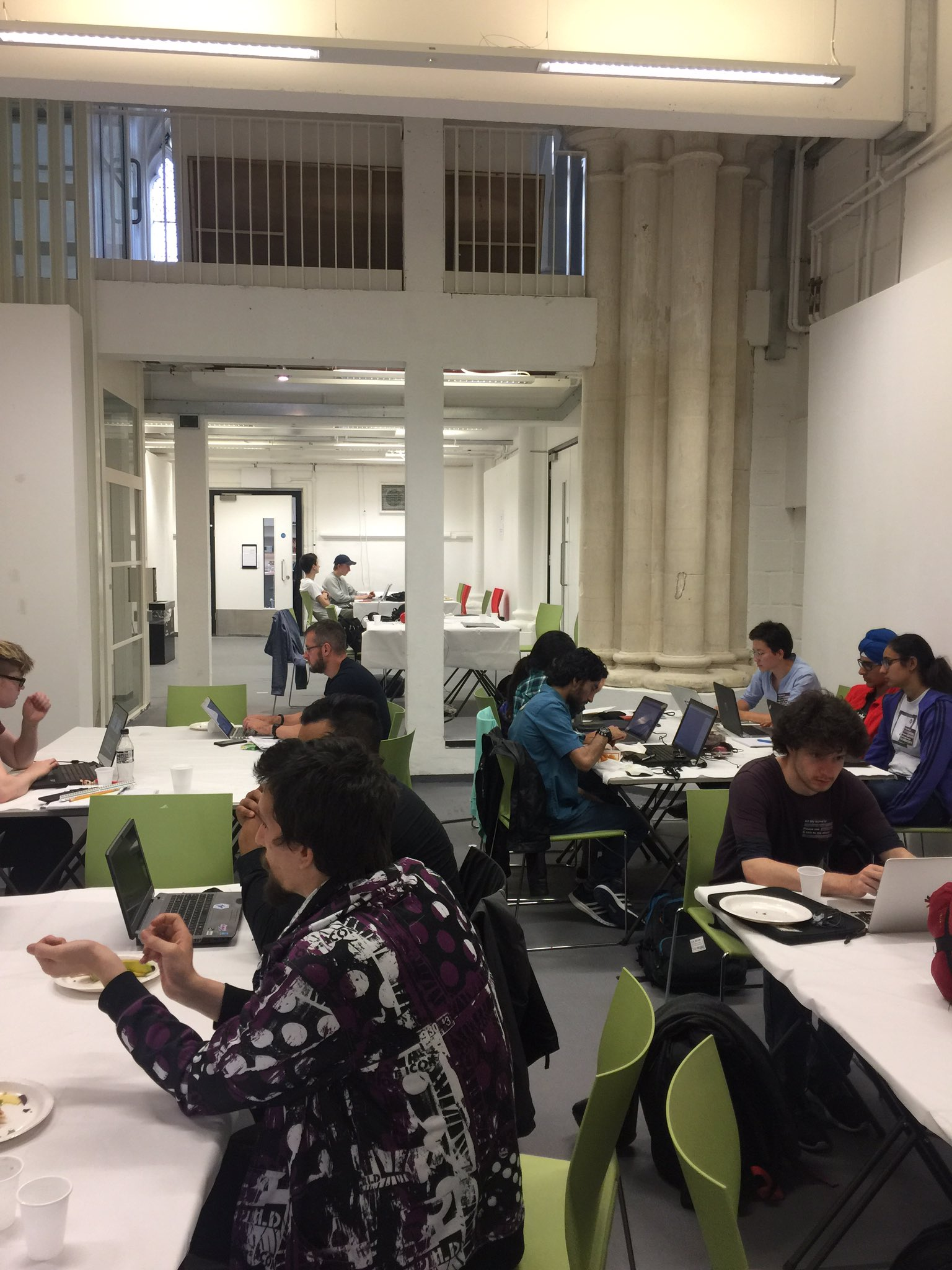 #UKGH17 ideas are coming to life!! #foodTech #hackathon https://t.co/qwDqf7Z2Ee