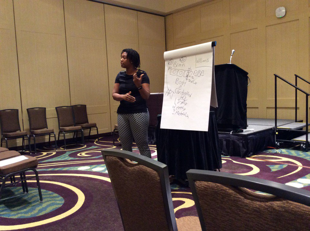 Johns Hopkins Postdoc Dionna Williams was among #DivSch17 attendees who benefited from chalk talk feedback today. https://t.co/pRKk25DtsG