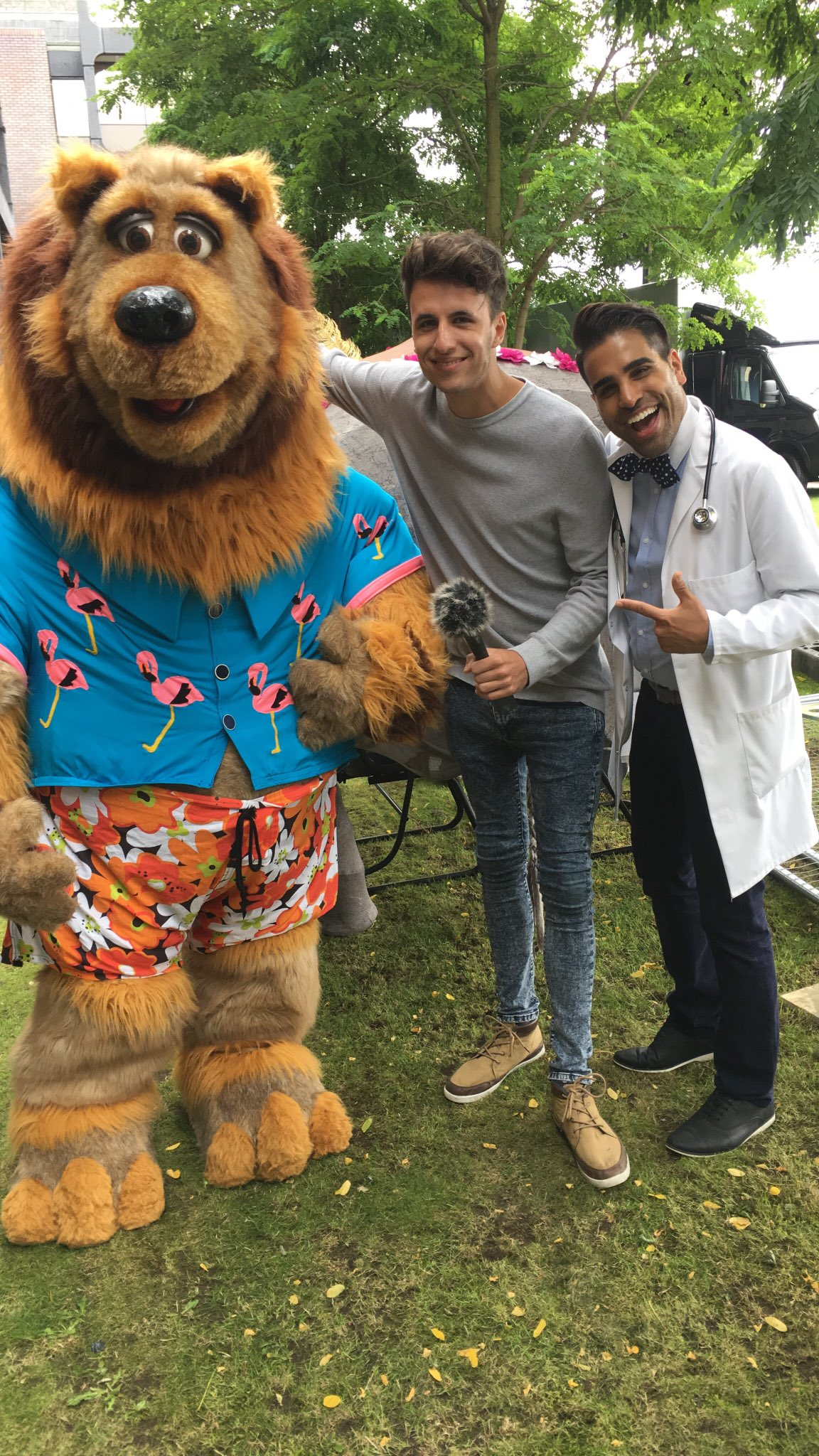 TV's @DrRanj talks with Will today at Middlesbrough as we celebrate 27 years of the #MiddlesbroughMela https://t.co/btgmmdwhWr