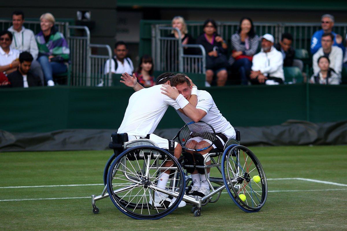 Congratulations @GordonReid91 & @alfiehewett6 for retaining their #Wimbledon 🏆! #BackTheBrits 🇬🇧 #Champions
