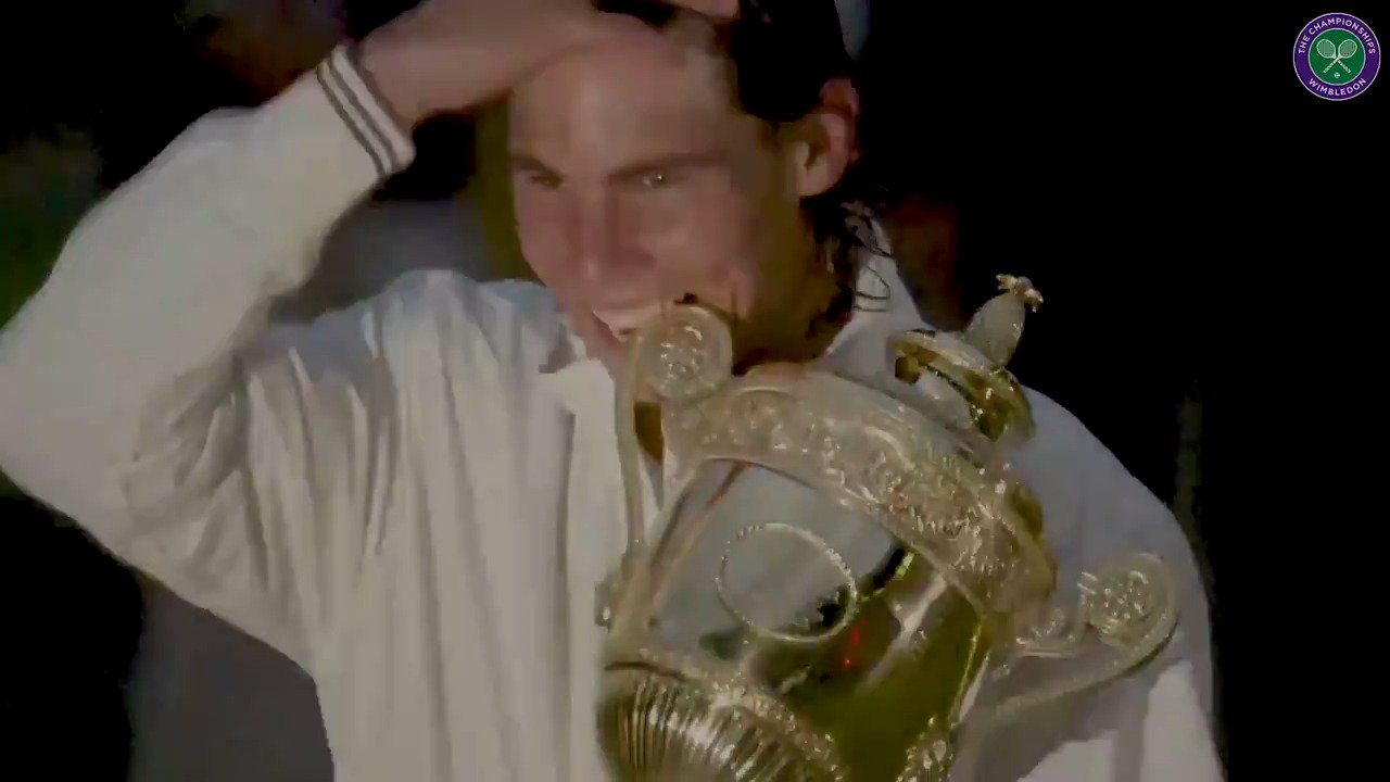 Manolo Santana @conchitamartinz @RafaelNadal @GarbiMuguruza  Spain's #Wimbledon story has a new chapter... https://t.co/xtp31ypETv