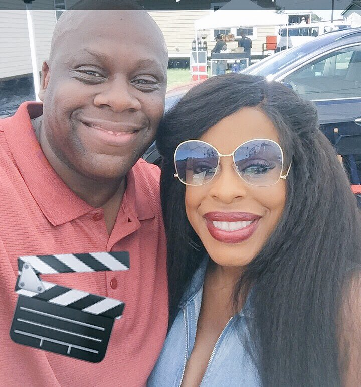 Great working &amp; being the &quot;neighbor&quot; of the lovely &amp; talented @NiecyNash on Claws.An honor! - #CARL!!&quot; #ClawsTNT  #&quot;ComeGetYourBrother&quot; #CARL <br>http://pic.twitter.com/n1GUWc3S5g