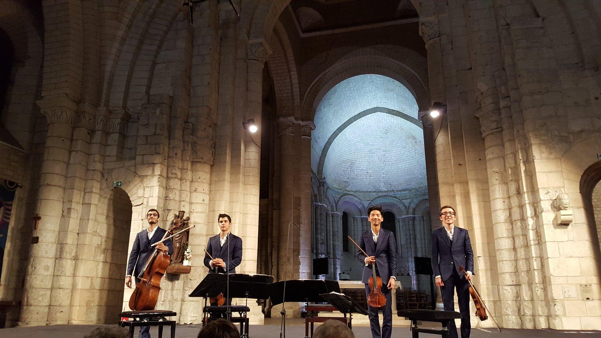 @Abbayeauxdames Oh ! Si jeunes et si grands déjà ! Concert magnifique... https://t.co/CReyG1pfib