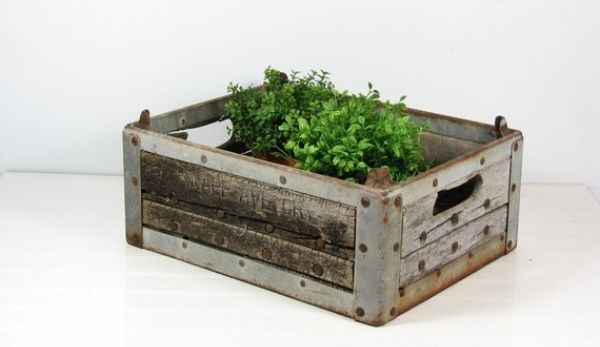 #Rustic Garden Idea Using Old Container -  http:// garden.viralcreek.com/rustic-garden- idea-using-old-container/ &nbsp; …  #Planter #Repurposed #Vintage<br>http://pic.twitter.com/BDlMdVAWY4