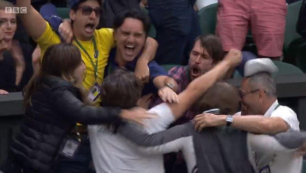 Look at the scenes in the box!  https://t.co/jiUsK2EKJG #Wimbledon https://t.co/MRbbjqPspv
