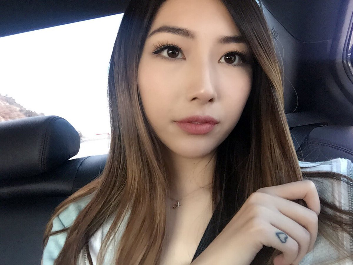 is xchocobars still dating wildturtle tf2 party matchmaking