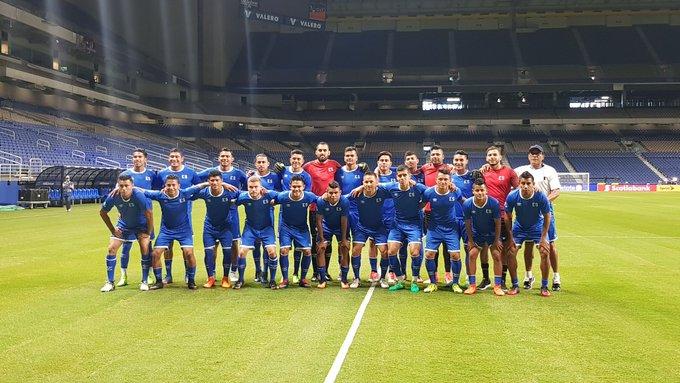 Copa Oro 2017: El Salvador vs Jamaica. Preparacion del juego. DEzwEOnVoAADxFX