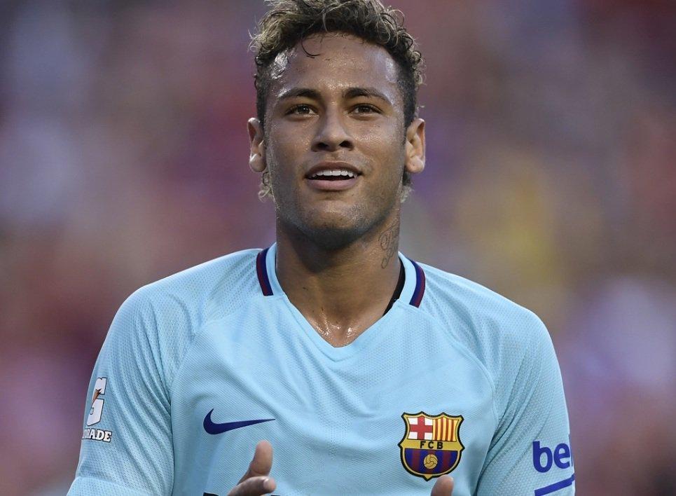 🚨Mercato: Comment le PSG tente de finaliser le transfert de Neymar   https://t.co/DjCtWQYeNd #rmclive