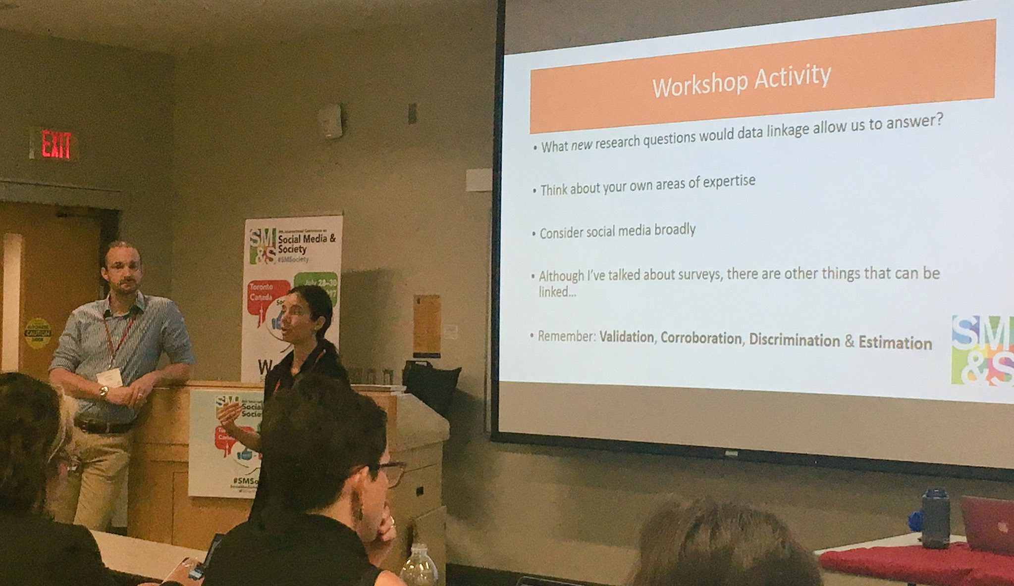 The features of SM platforms are the 'stage' @anabelquanhaase #Goffman #SMSociety https://t.co/M8VdjIcHAe
