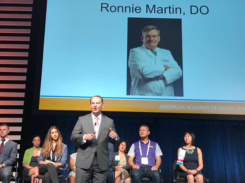 Family medicine is about relationships,stories. @rshawnm sharing his path starting with his father a fam Doc #AAFPNC https://t.co/KgfSh1GDSd
