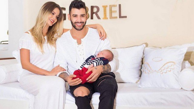 Mas já? Gusttavo Lima faz proposta à mulher na web: 'Bora fazer outro filho'. https://t.co/Iny6LU7ije