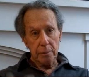 Director of &quot;Bonnie and Clyde&quot; #ArthurPenn  on the McCarthy Era&#39;s witch hunt for communists:  http:// bit.ly/2tGYnes  &nbsp;  <br>http://pic.twitter.com/JSpvZ5KSuh