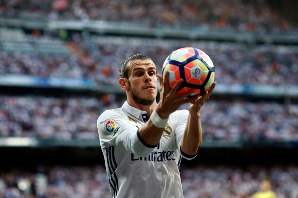 #MUFC closing in on Gareth Bale, apparently.  His link up with Sneijder, Vidal and Gaitan could be deadly.
