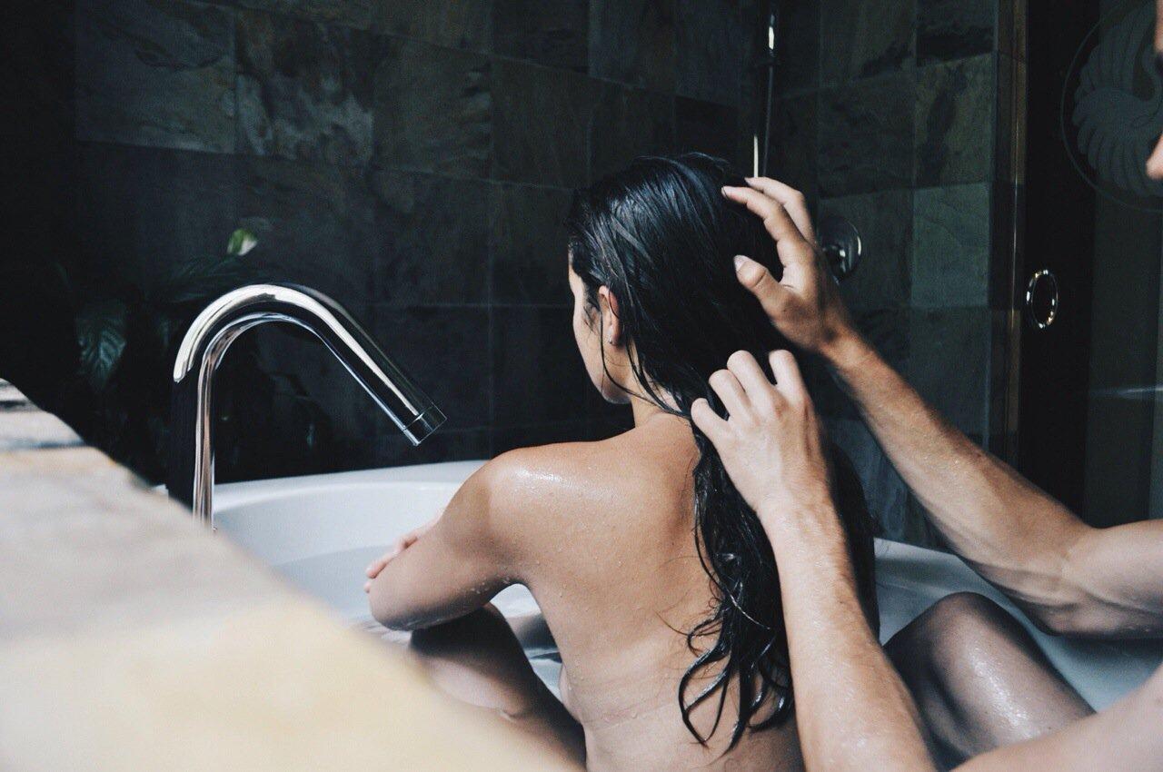 Секс девушки с душем, гиг порно в душе видео смотреть HD порно бесплатно 31 фотография