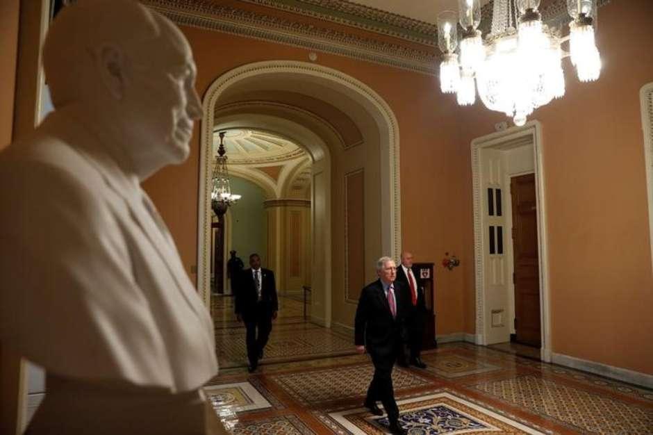 Senado rejeita projeto republicano para derrubar Obamacare https://t.co/7lUGvIfdoI