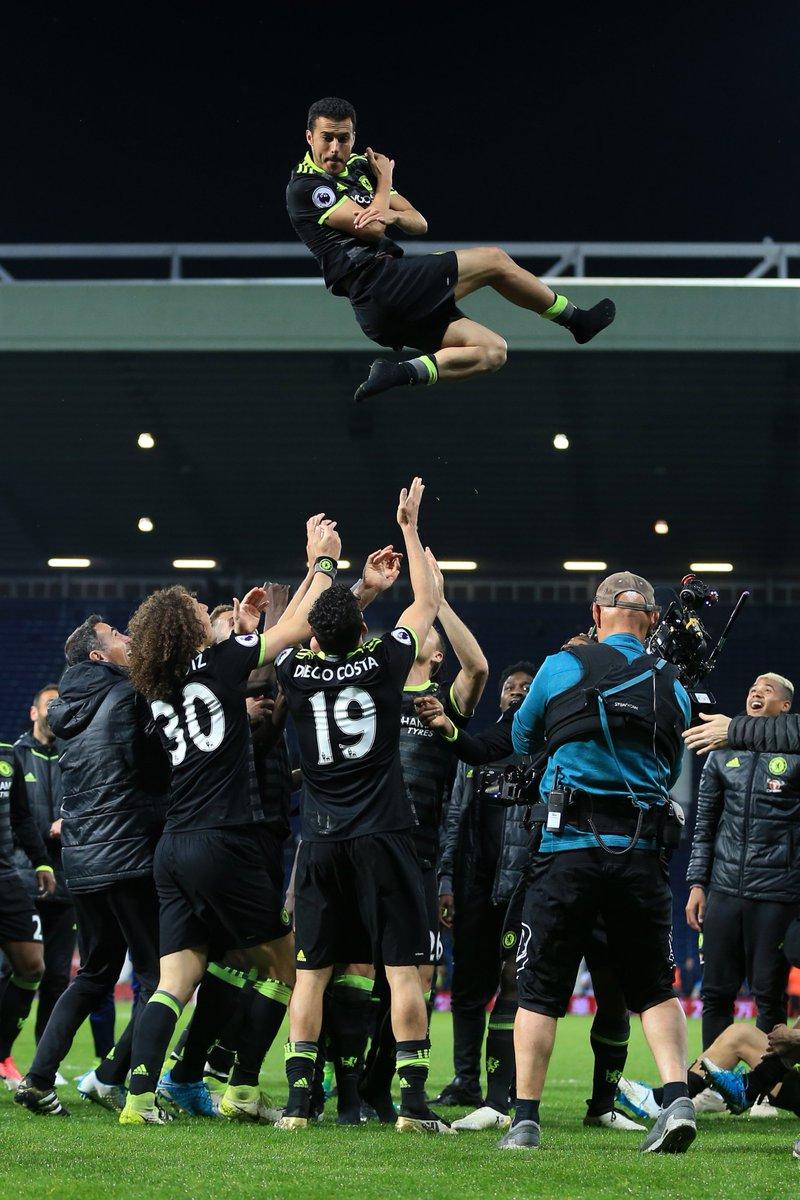 .@_Pedro17_ fête ses 30 ans !  Son palmarès est fou : Ligue des champions 🏆🏆🏆 Liga 🏆🏆🏆🏆🏆 Premier League 🏆 Coupe du monde 2010 🏆 Euro 2012 🏆