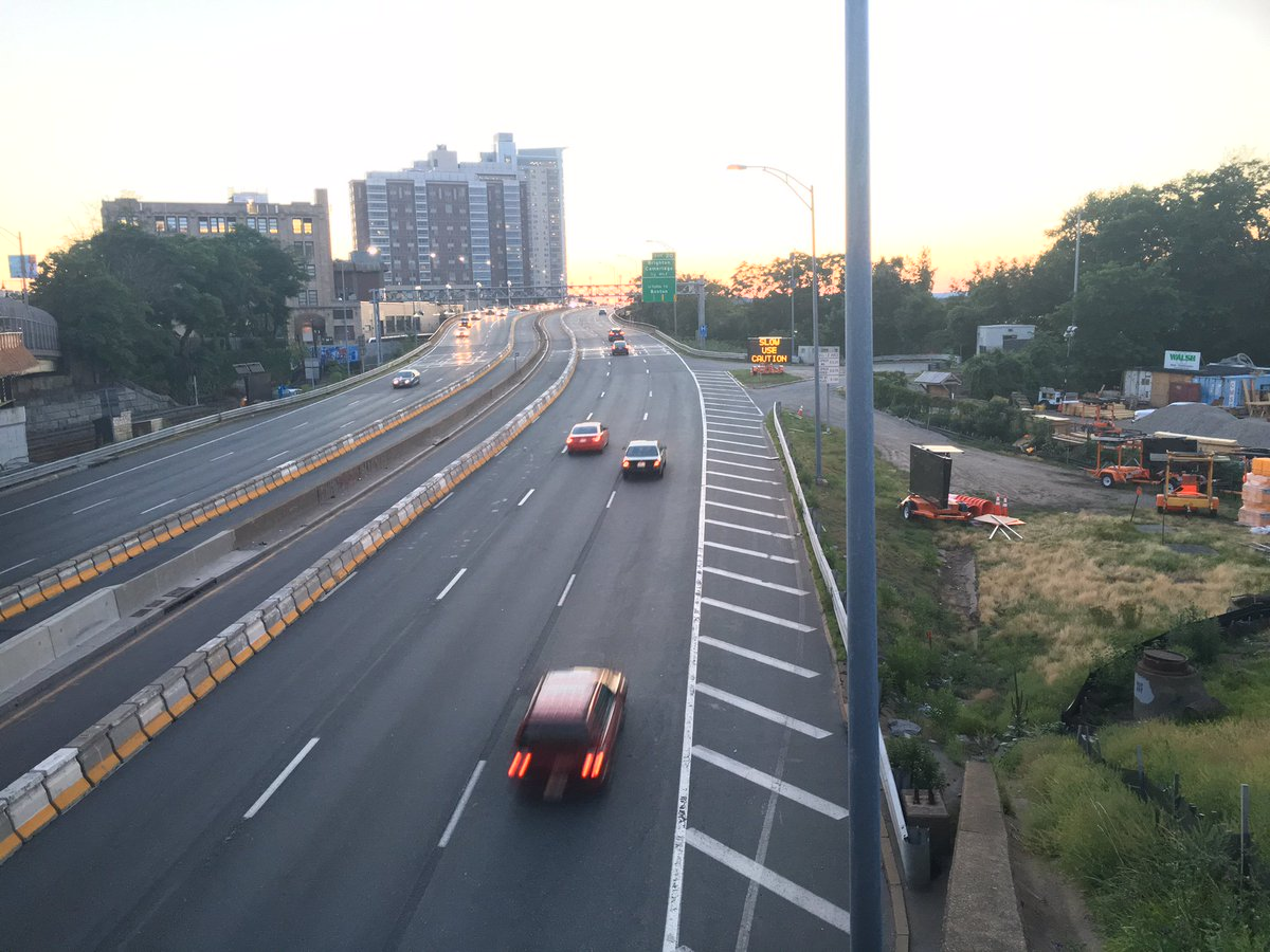 #CommAveBridge #MAtraffic! I-90 #Allston: Only 1 lane open E or W Weekday overnight & Weekends thru Mon, Aug 7, 5am. https://t.co/vSmcchSQzQ