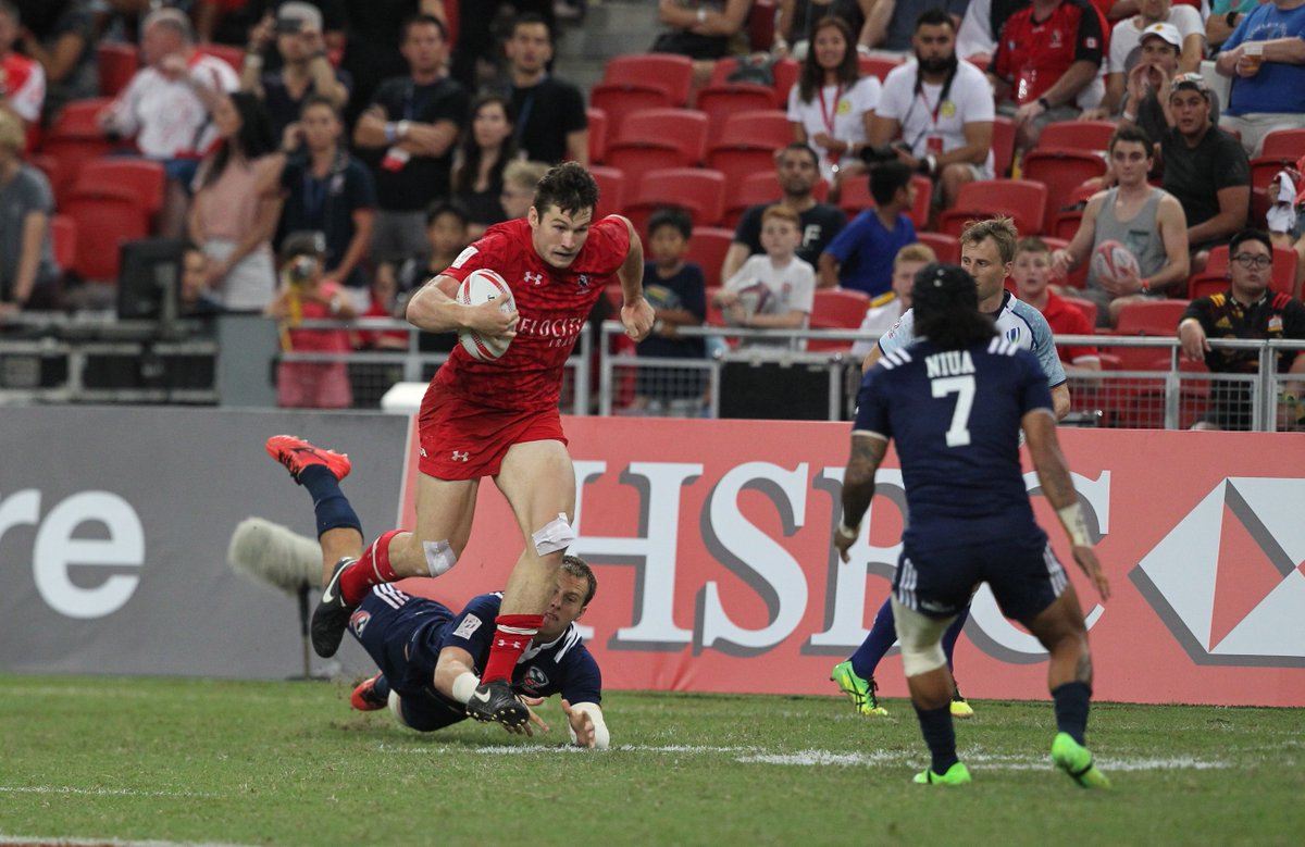 Happy birthday Matt Mullins & a  to #FBFthe  nat#Bellevilleive tearing up the  def@USARugbyence in the  cup#Singapore7s final! 🇨🇦🏉#RISEAsOne