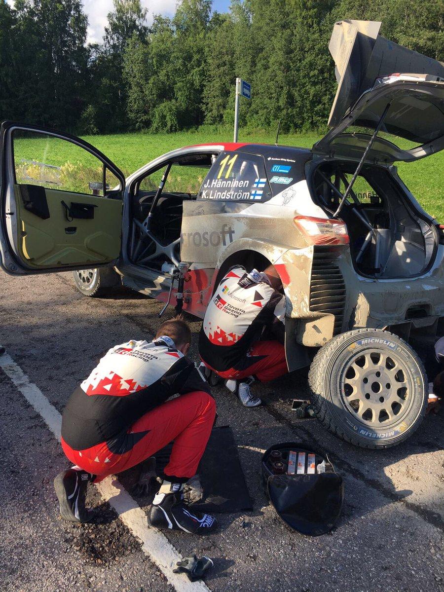 Rally Finlandia 2017 - Página 2 DF1MHEhWAAAyJza