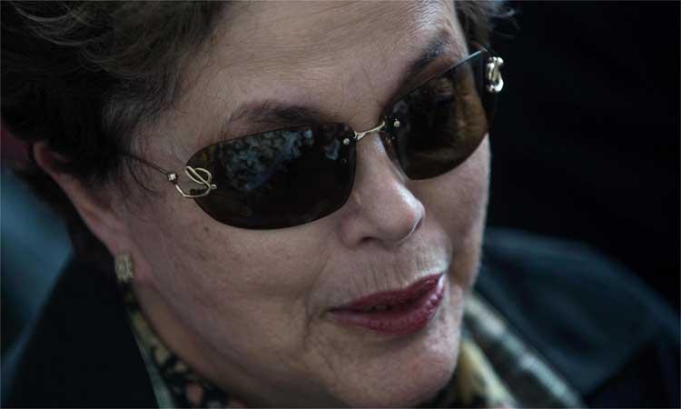 Dilma depõe como testemunha de defesa da senadora Gleisi Hoffman https://t.co/UEDBAHlkqK